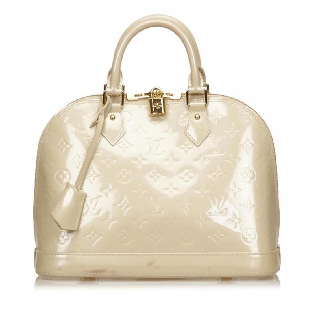Louis Vuitton Off White Pearl Vernis Monogram Alma PM