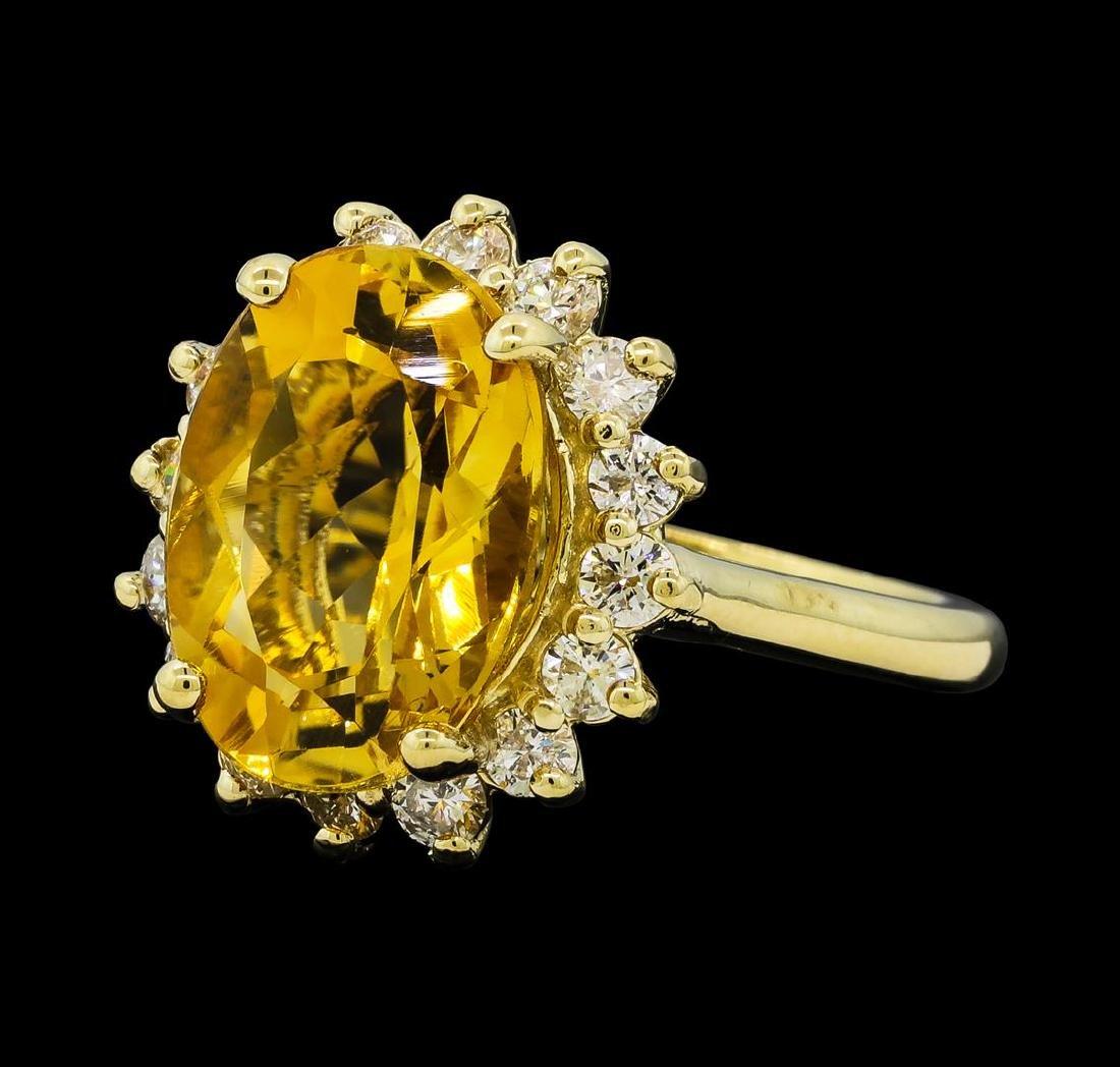 5.50 ctw Citrine Quartz  and Diamond Ring - 14KT Yellow