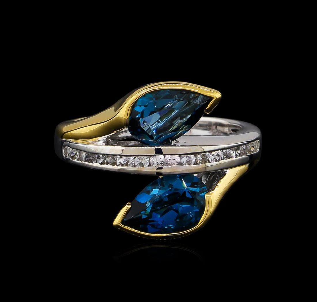 Crayola 2.60 ctw Blue Topaz and White Sapphire Ring - - 2