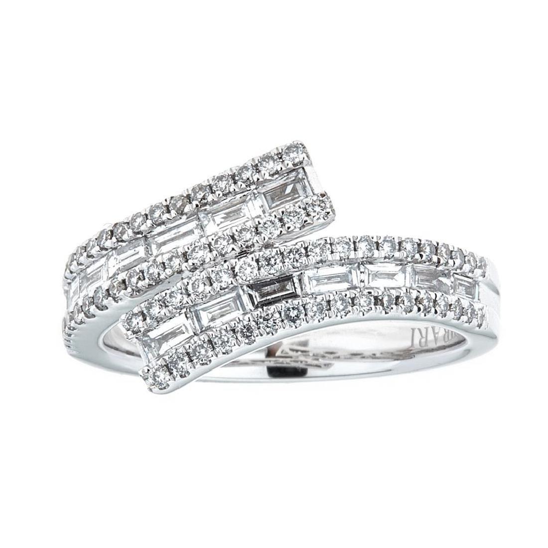 0.85 ctw Diamond Ring - 18KT White Gold