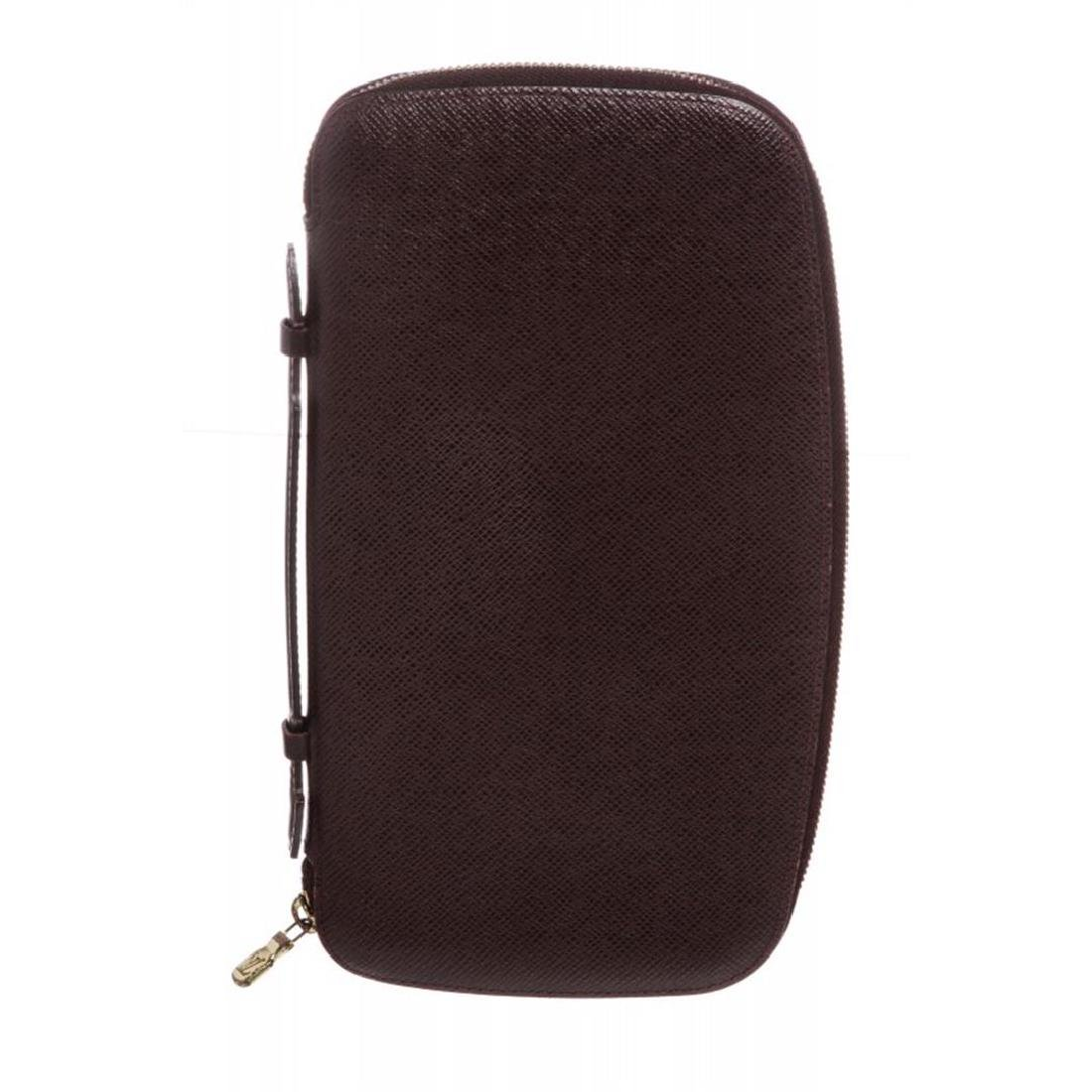 Louis Vuitton Burgundy Taiga Leather Geode Organizer