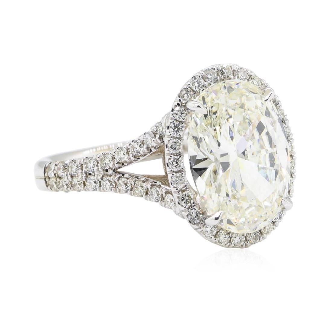 4.68 ctw Diamond Ring - 18KT White Gold