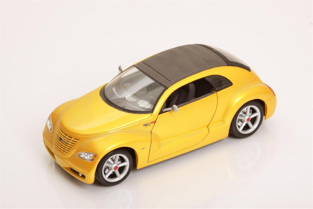 1/18 Scale Chrysler Pronto Cruizer by Maisto