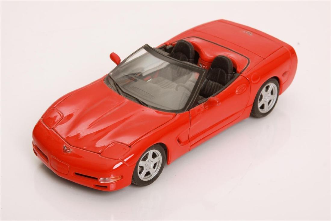 1/18 Scale 1998 Chevrolet Corvette by Maisto
