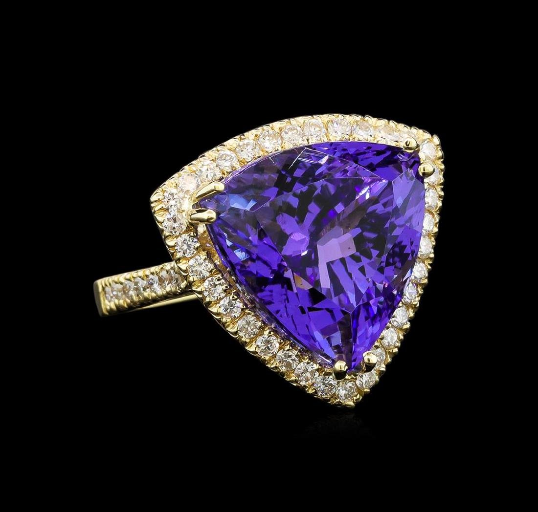 GIA Cert 19.46 ctw Tanzanite and Diamond Ring - 14KT