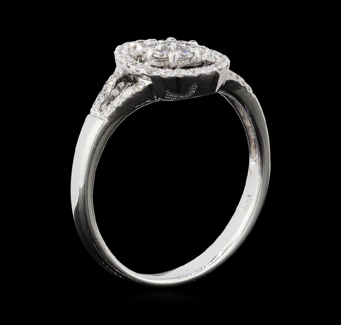 0.30 ctw Diamond Ring - 14KT White Gold - 5
