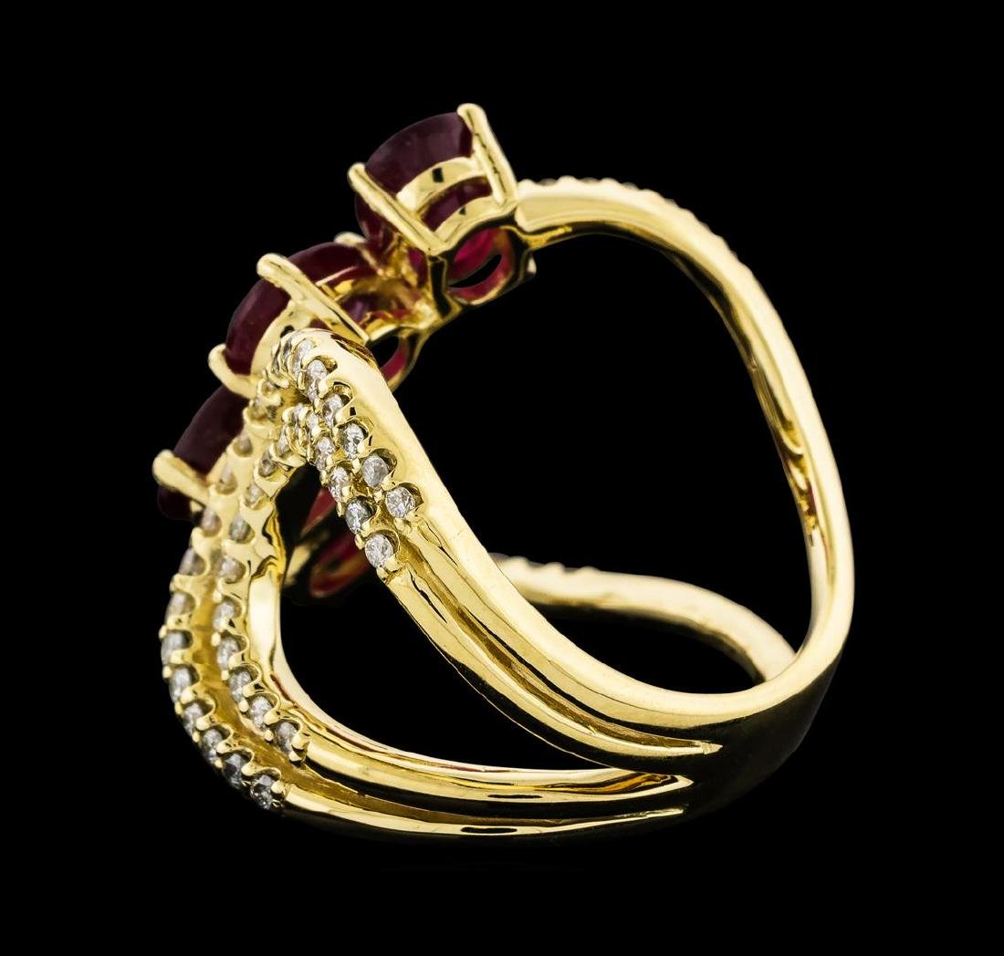 4.73 ctw Ruby and Diamond Ring - 14KT Yellow Gold - 3