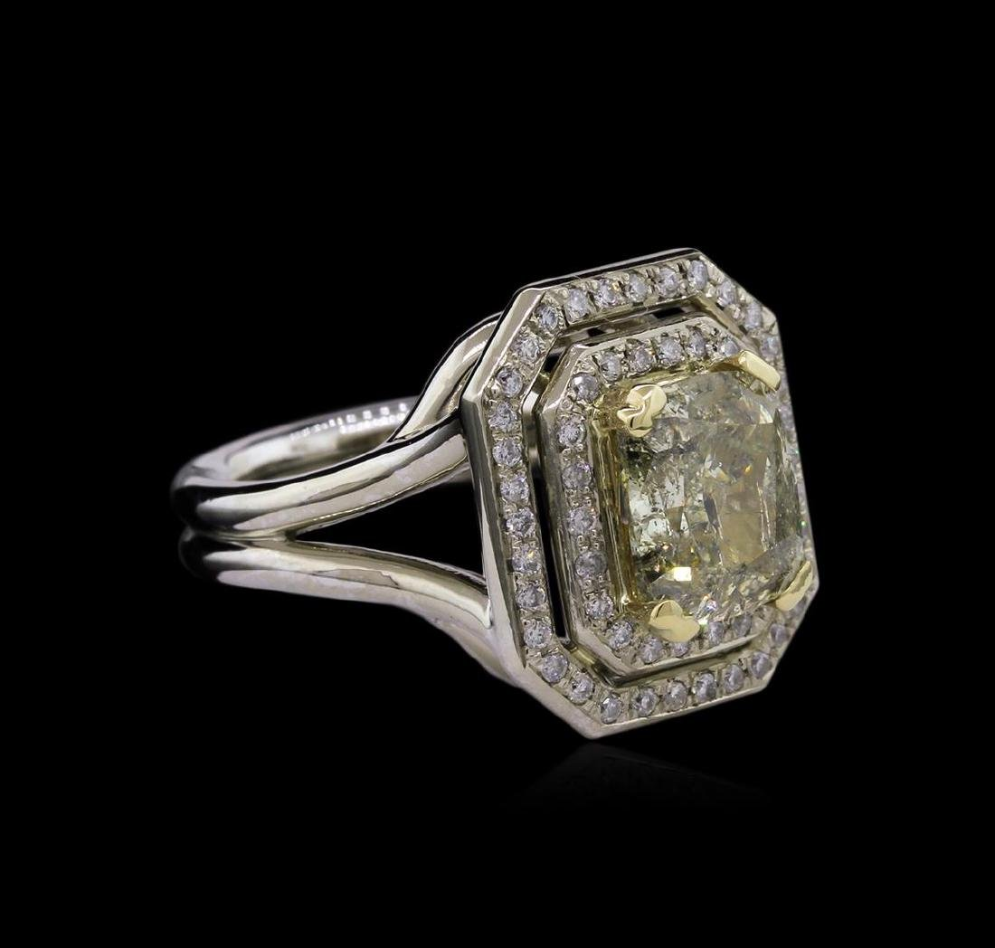 3.36 ctw Fancy Light Greenish Yellow Diamond Ring -