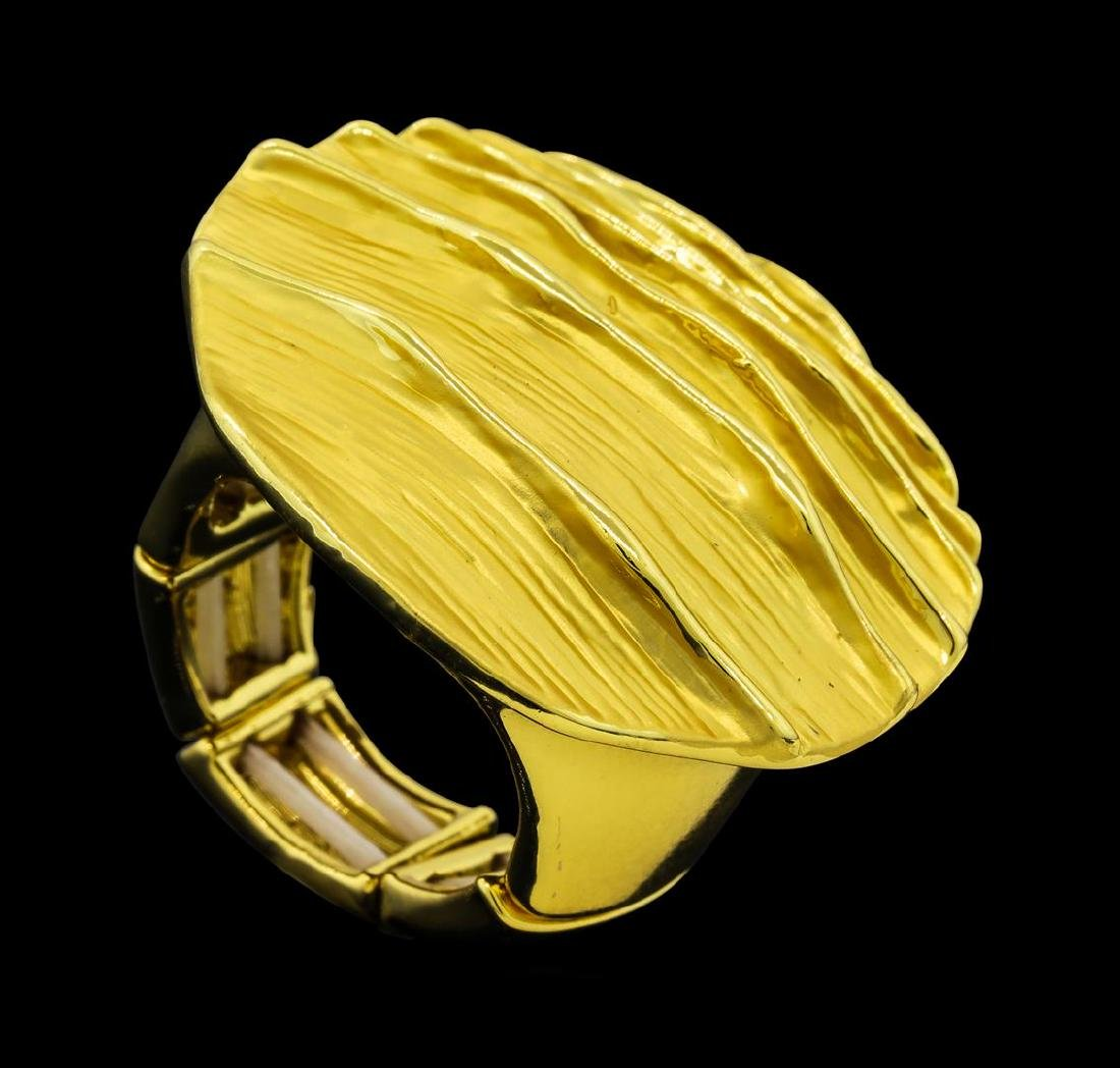 Round Medallion Ring - Gold Plated - 4