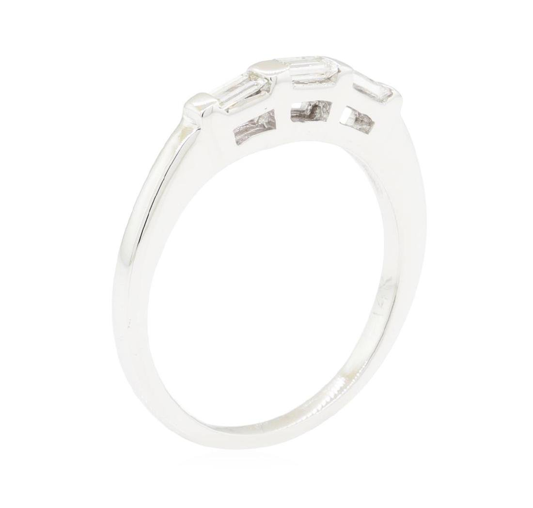 0.20 ctw Diamond Ring - 14KT White Gold - 5