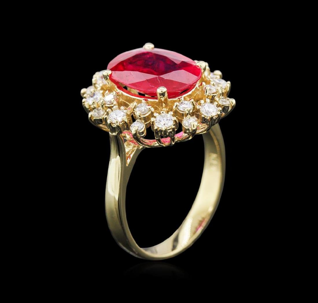 3.82 ctw Ruby and Diamond Ring - 14KT Yellow Gold - 3
