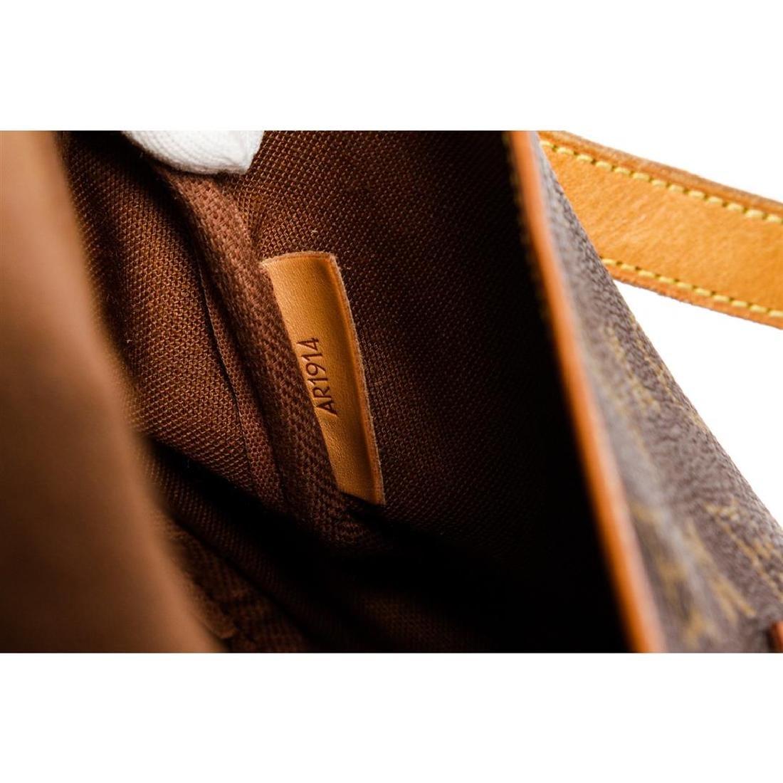 Louis Vuitton Monogram Canvas Leather Saumur 30 cm - 6