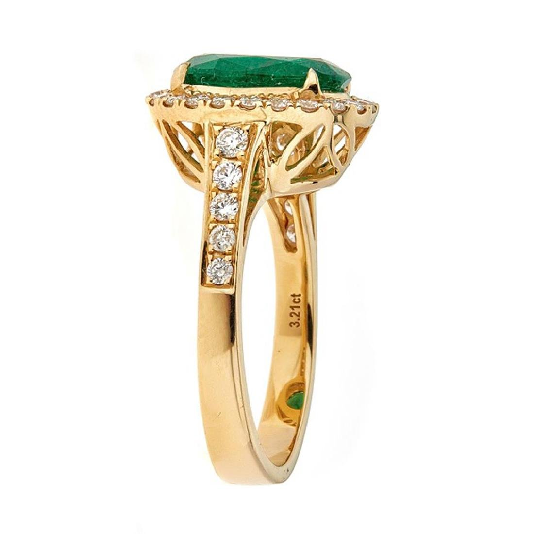 3.00 ctw Emerald and Diamond Ring - 18KT Yellow Gold - 2