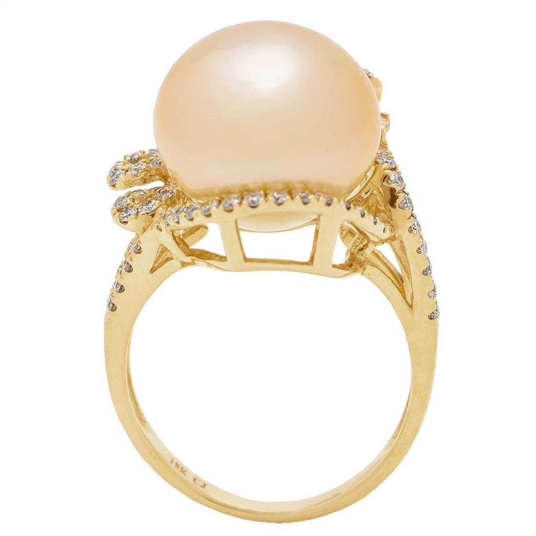 0.59 ctw Diamond and Pearl Ring - 18KT Yellow Gold - 4