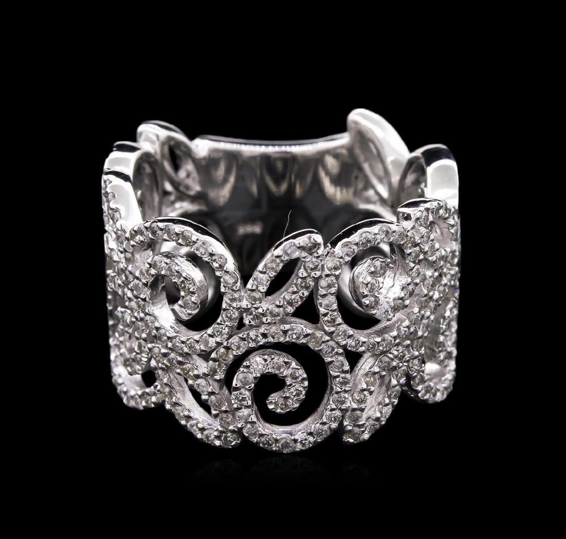 0.85 ctw Diamond Ring - 14KT White Gold
