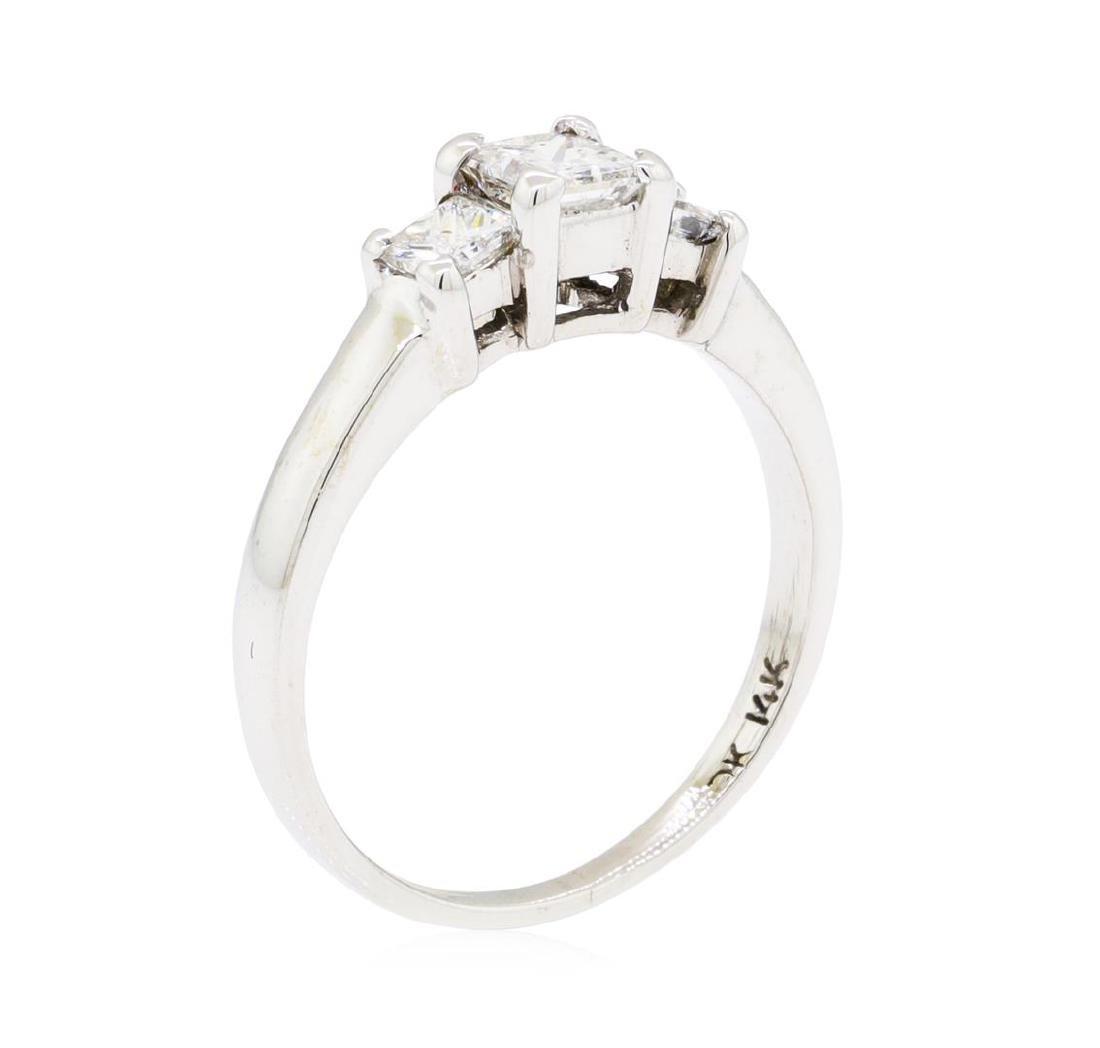 0.50 ctw Diamond Ring - 14KT White Gold - 5