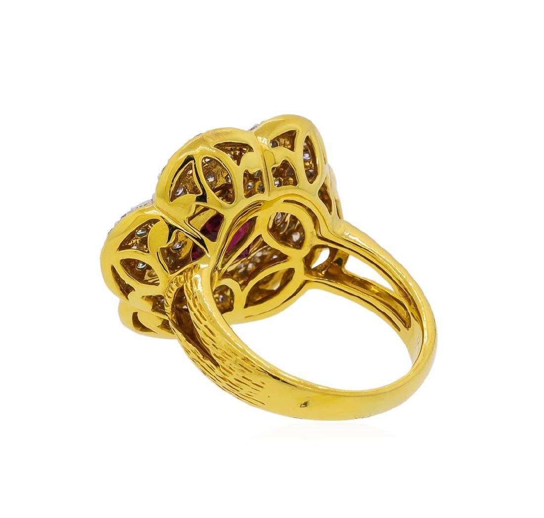 2.55 ctw Red Spinel and Diamond Ring - 18KT Yellow Gold - 3