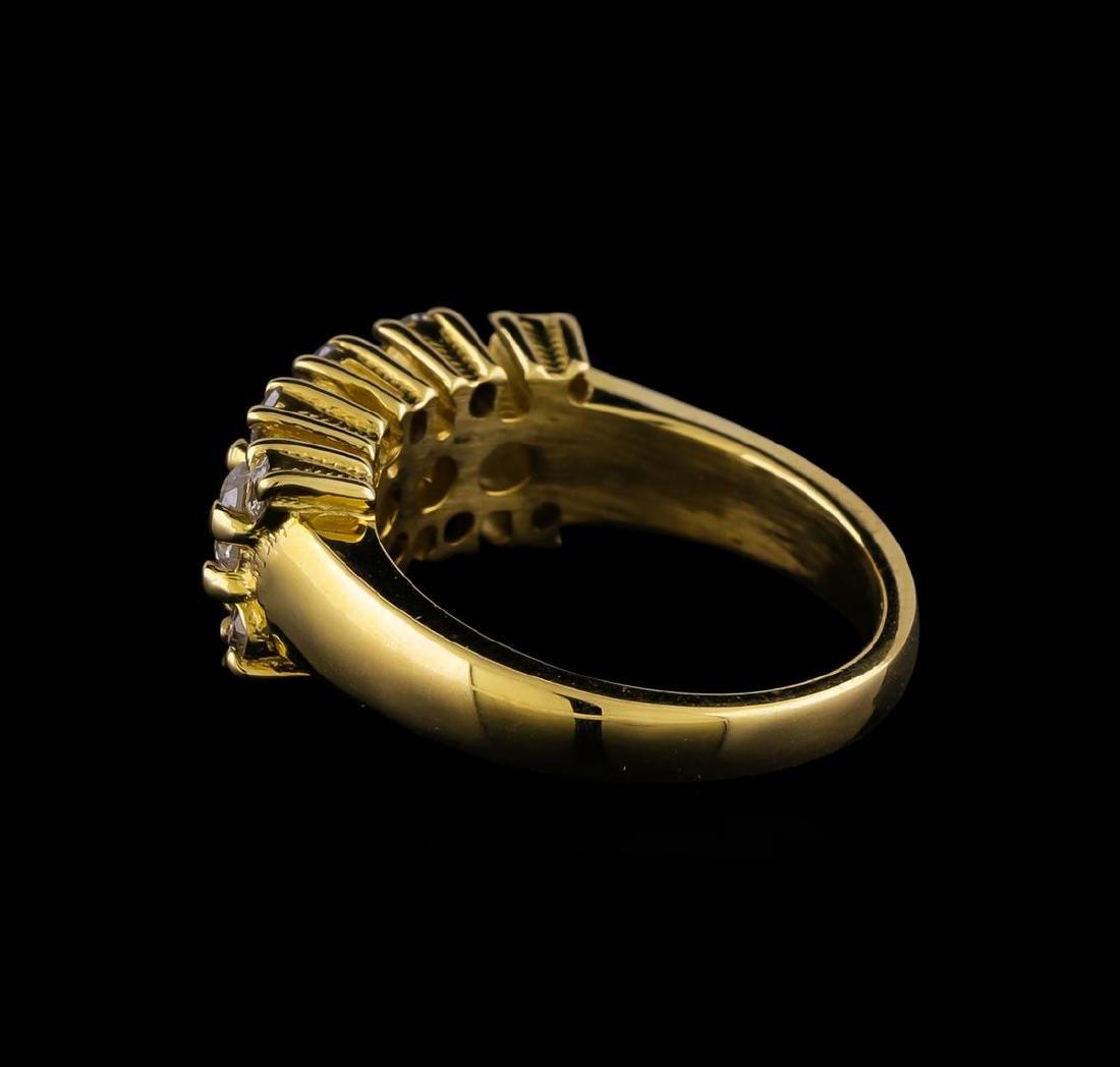 14KT Yellow Gold 0.97 ctw Diamond Ring - 3