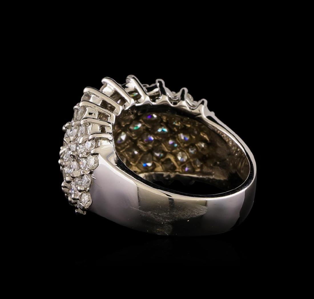 14KT White Gold 1.93 ctw Diamond Ring - 3