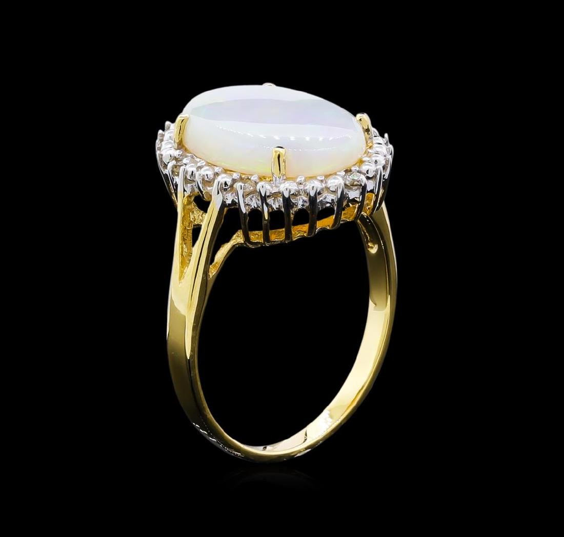 2.82 ctw Opal and Diamond Ring - 18KT Yellow Gold - 2