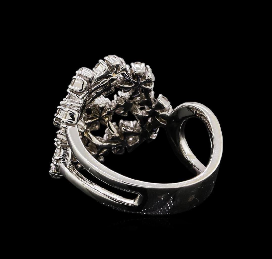 14KT White Gold 0.86 ctw Diamond Ring - 3