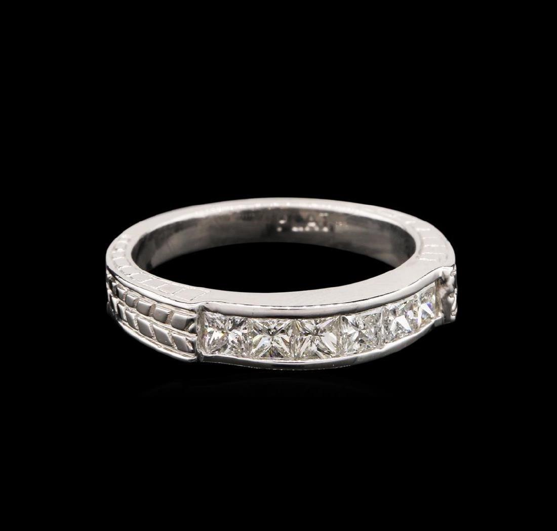 14KT White Gold 0.60 ctw Diamond Ring