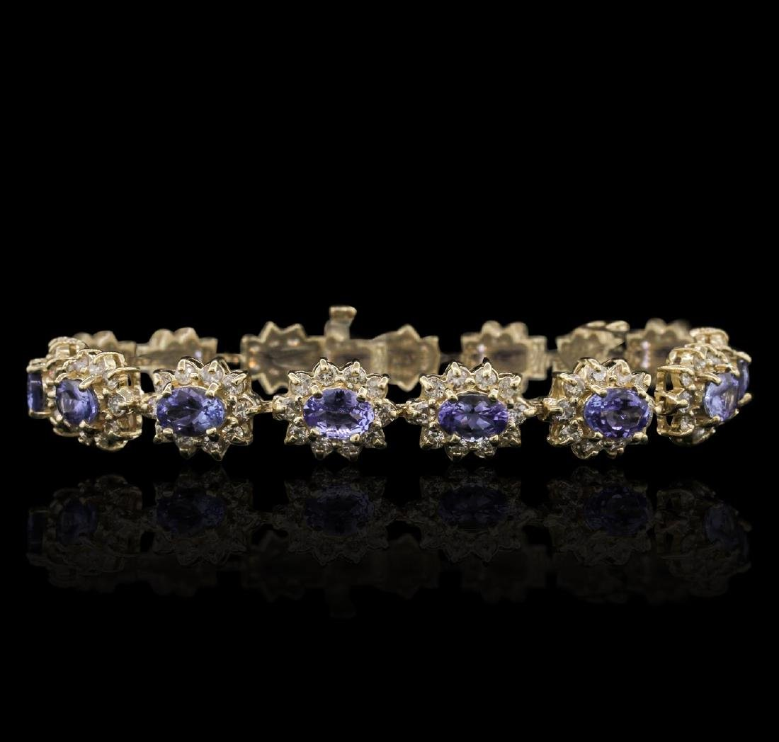 14KT Yellow Gold 9.90 ctw Tanzanite and Diamond