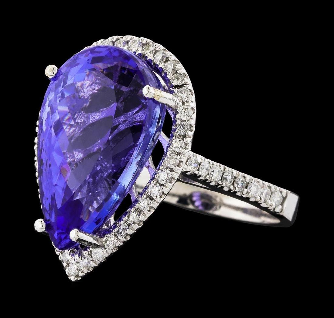 GIA Cert 14.31 ctw Tanzanite and Diamond Ring - 14KT