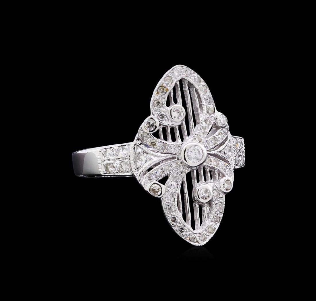 0.40 ctw Diamond Ring - 18KT White Gold