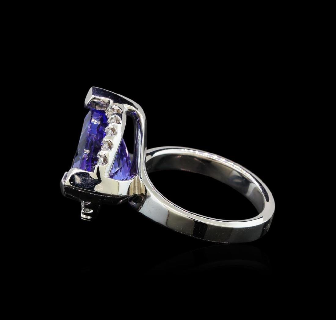 14KT White Gold 6.78 ctw Tanzanite and Diamond Ring - 3
