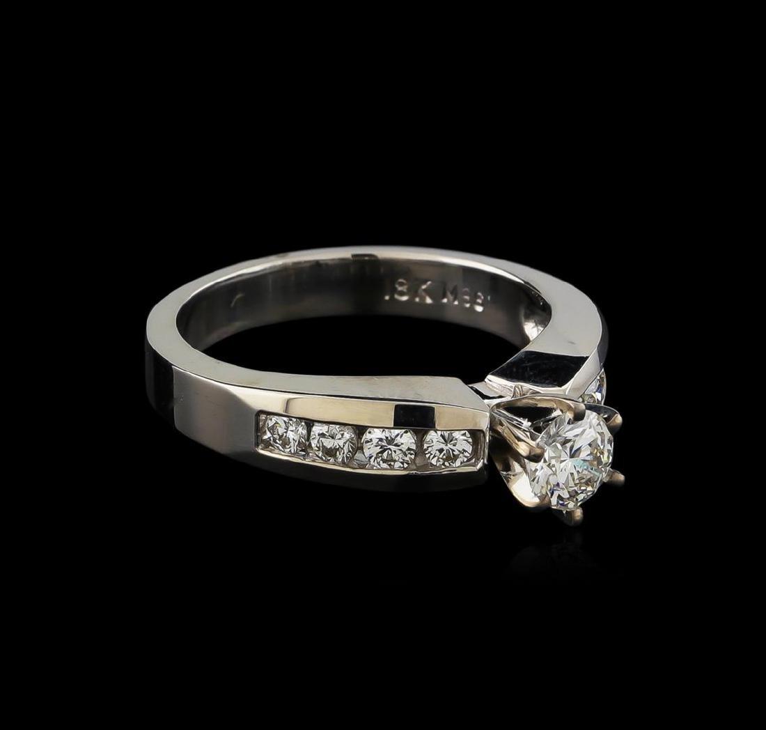 0.77 ctw Diamond Ring - 18KT White Gold