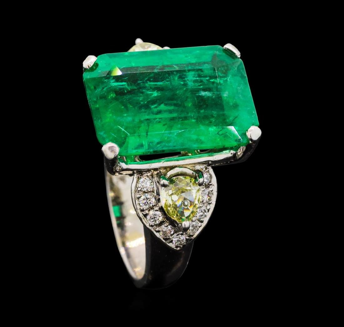 9.40 ctw Emerald and Diamond Ring - 18KT White Gold - 4