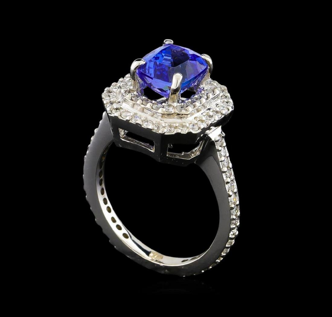 14KT White Gold 2.00 ctw Tanzanite and Diamond Ring - 4