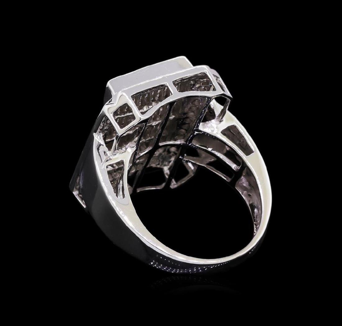 14KT White Gold 1.81 ctw Diamond Ring - 3