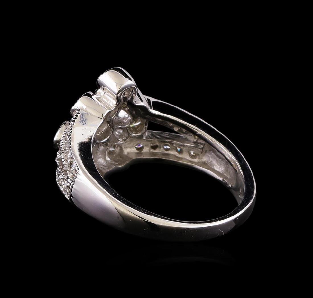 14KT White Gold 0.85 ctw Diamond Ring - 3