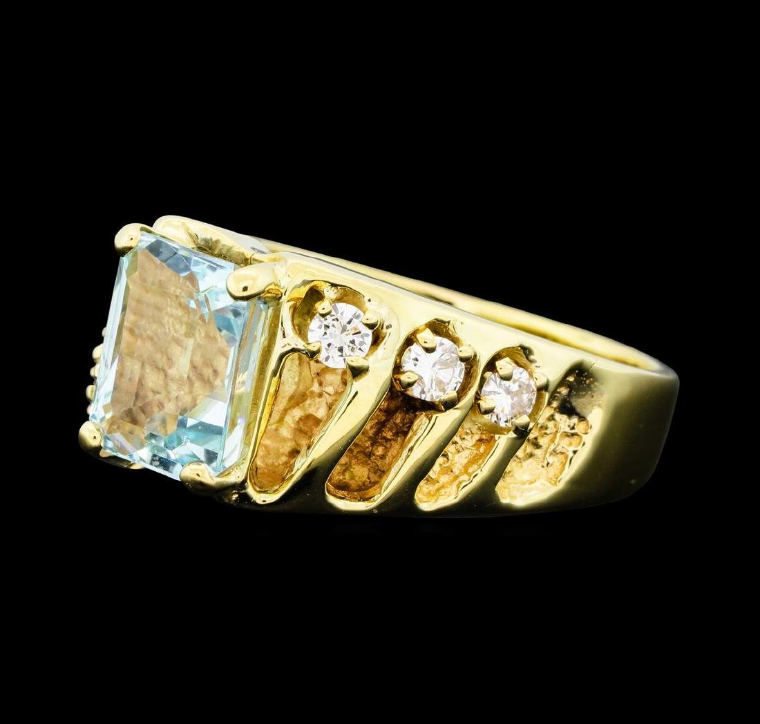 3.00 ctw Aquamarine and Diamond Ring - 14KT Yellow Gold