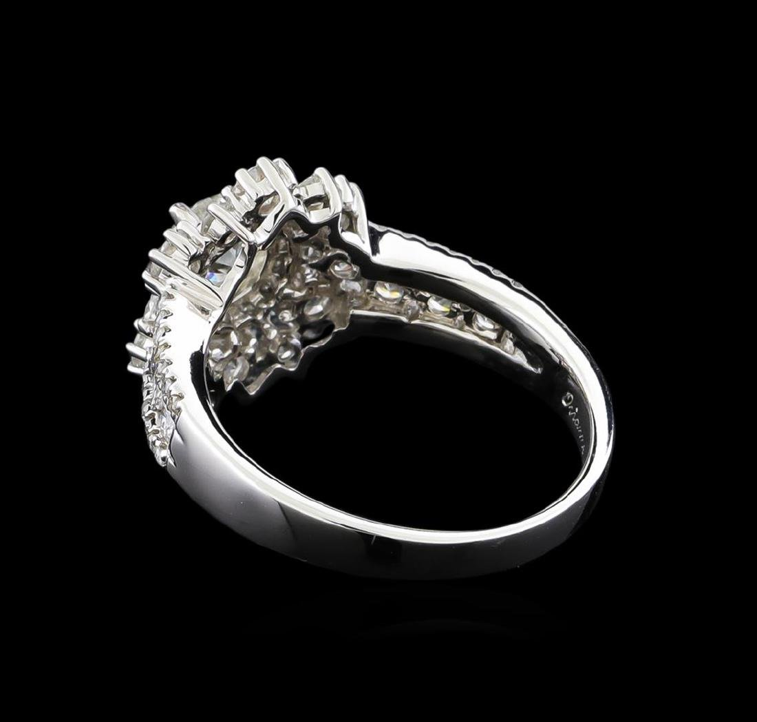 14KT White Gold 1.89 ctw Diamond Ring - 3