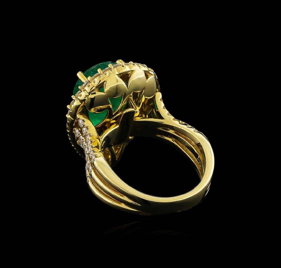 14KT Yellow Gold 4.10 ctw Emerald and Diamond Ring - 3