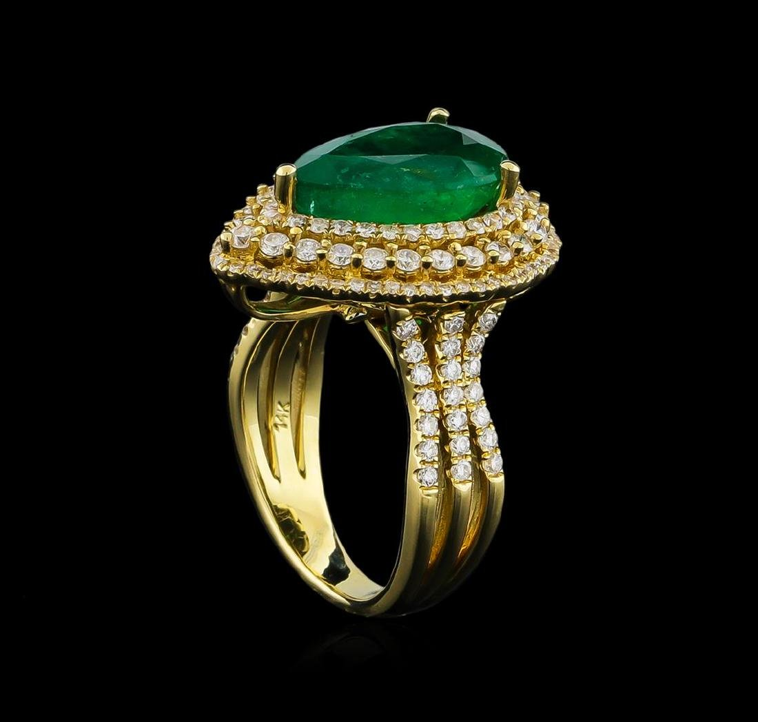 14KT Yellow Gold 4.10 ctw Emerald and Diamond Ring - 4