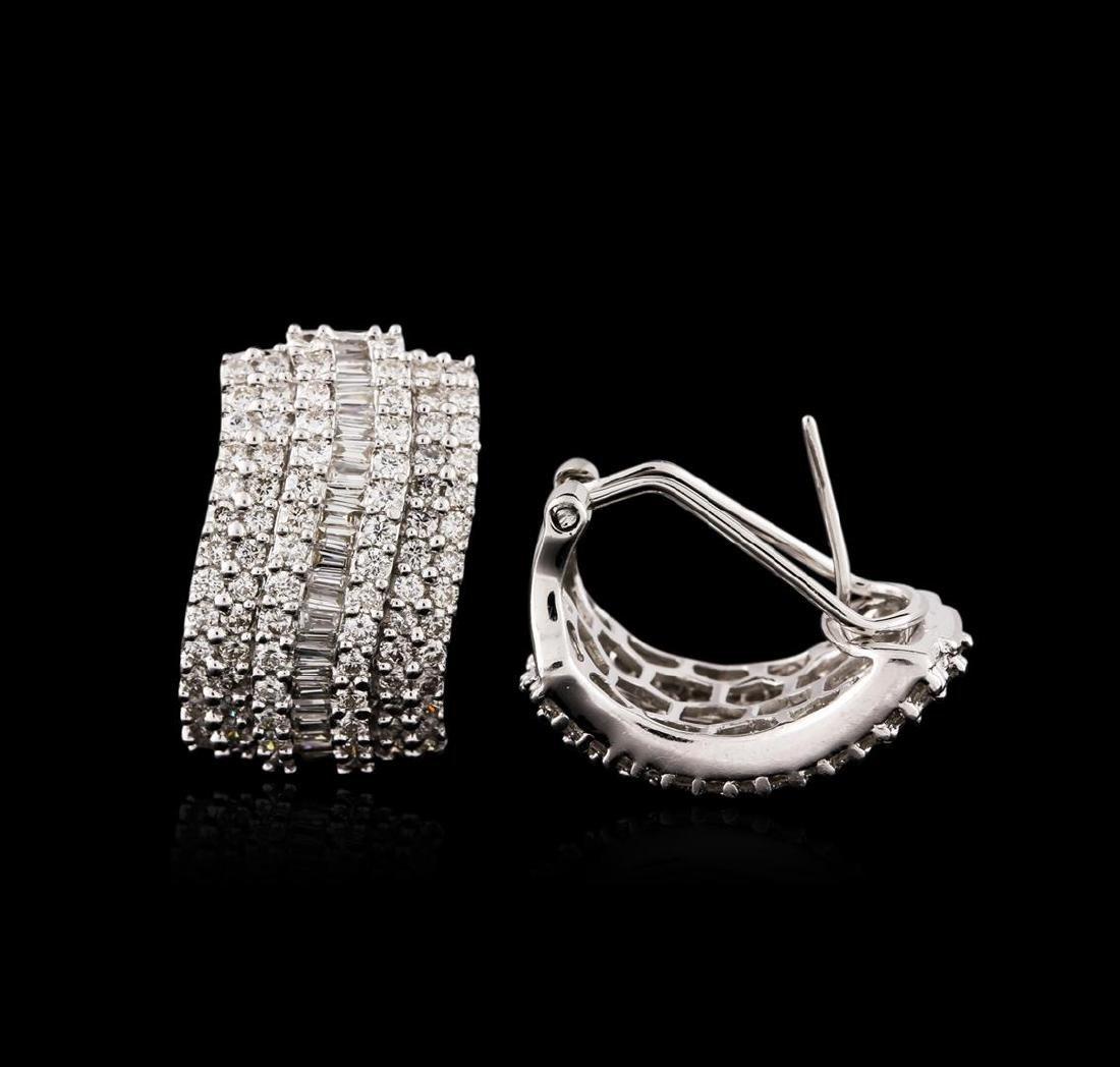 18KT White Gold 1.67 ctw Diamond Earrings