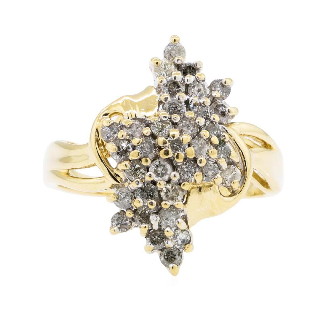 1.00 ctw Diamond Cluster Ring - 14KT Yellow Gold - 2