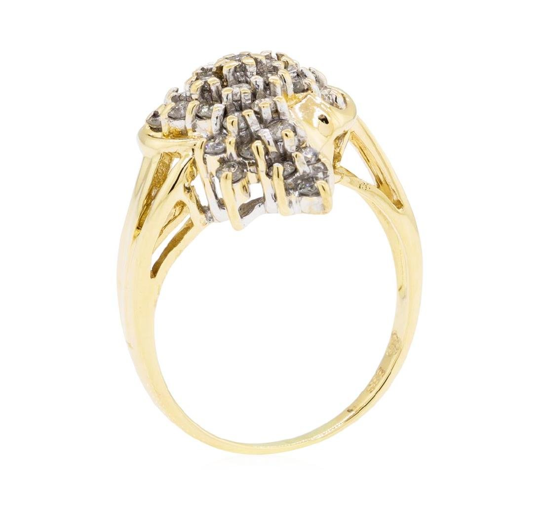 1.00 ctw Diamond Cluster Ring - 14KT Yellow Gold - 4