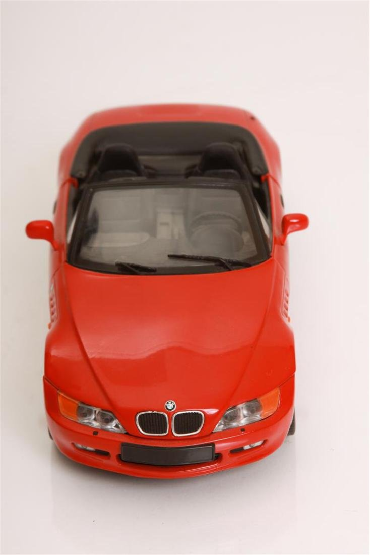 1/18 Scale BMW Z3 by VT - 2