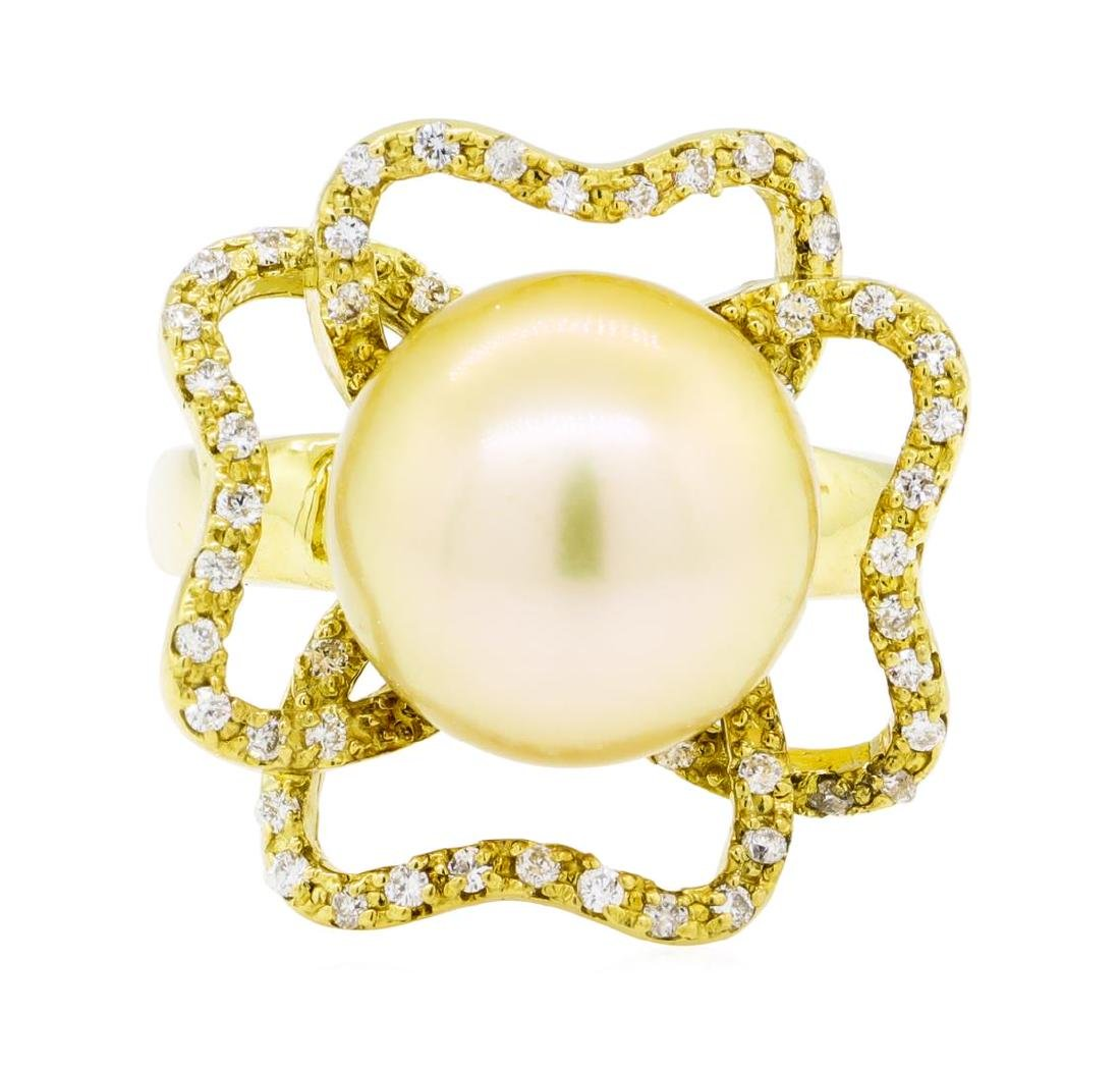 0.35 ctw Diamond and Pearl Ring - 18KT Yellow Gold - 2