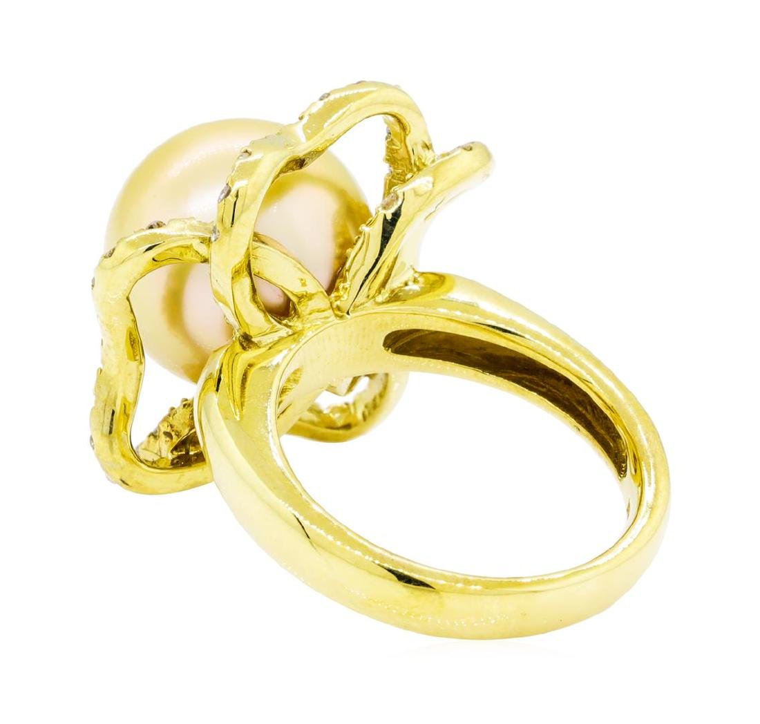 0.35 ctw Diamond and Pearl Ring - 18KT Yellow Gold - 3