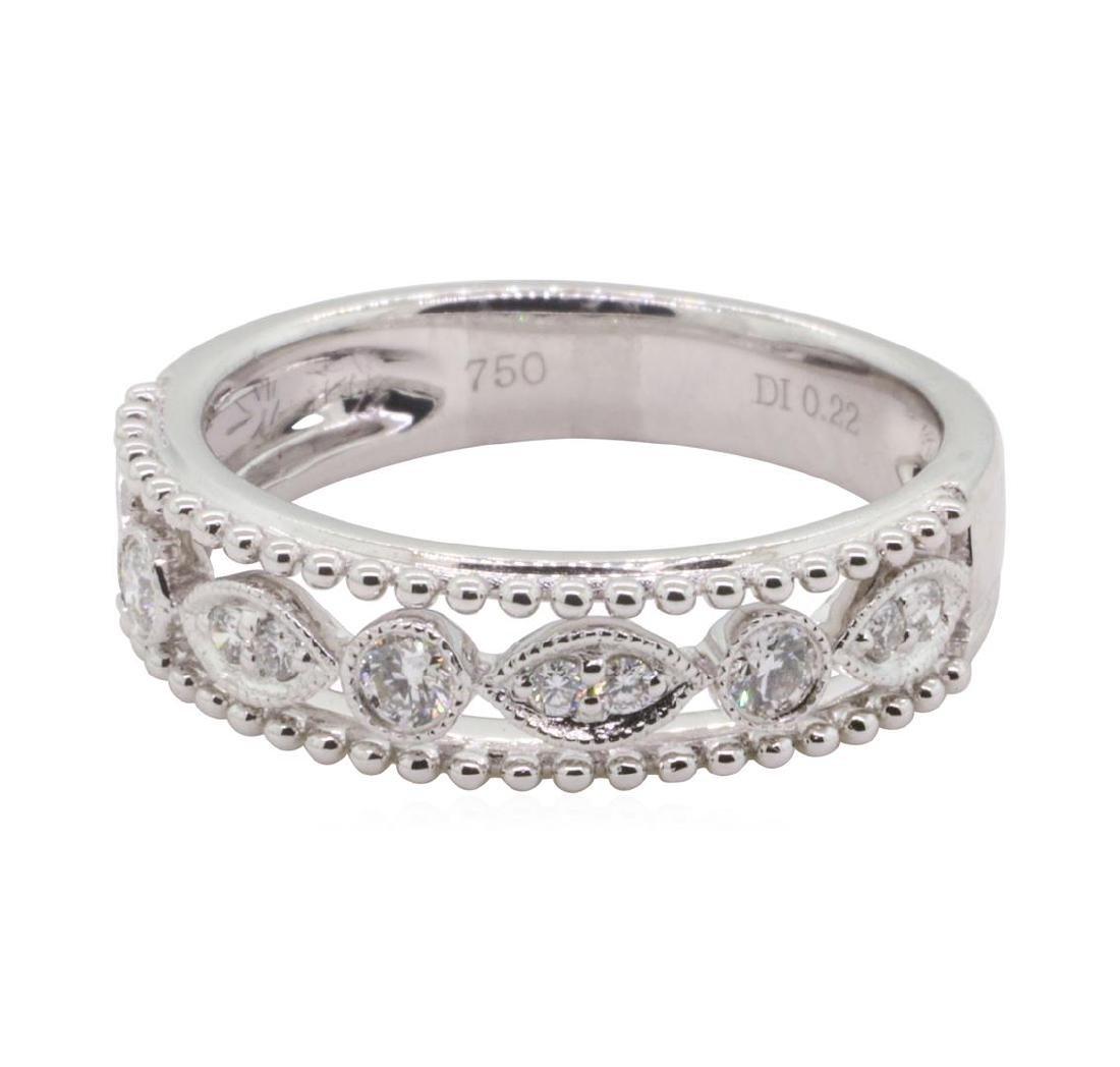 0.22 ctw Diamond Ring - 18KT White Gold