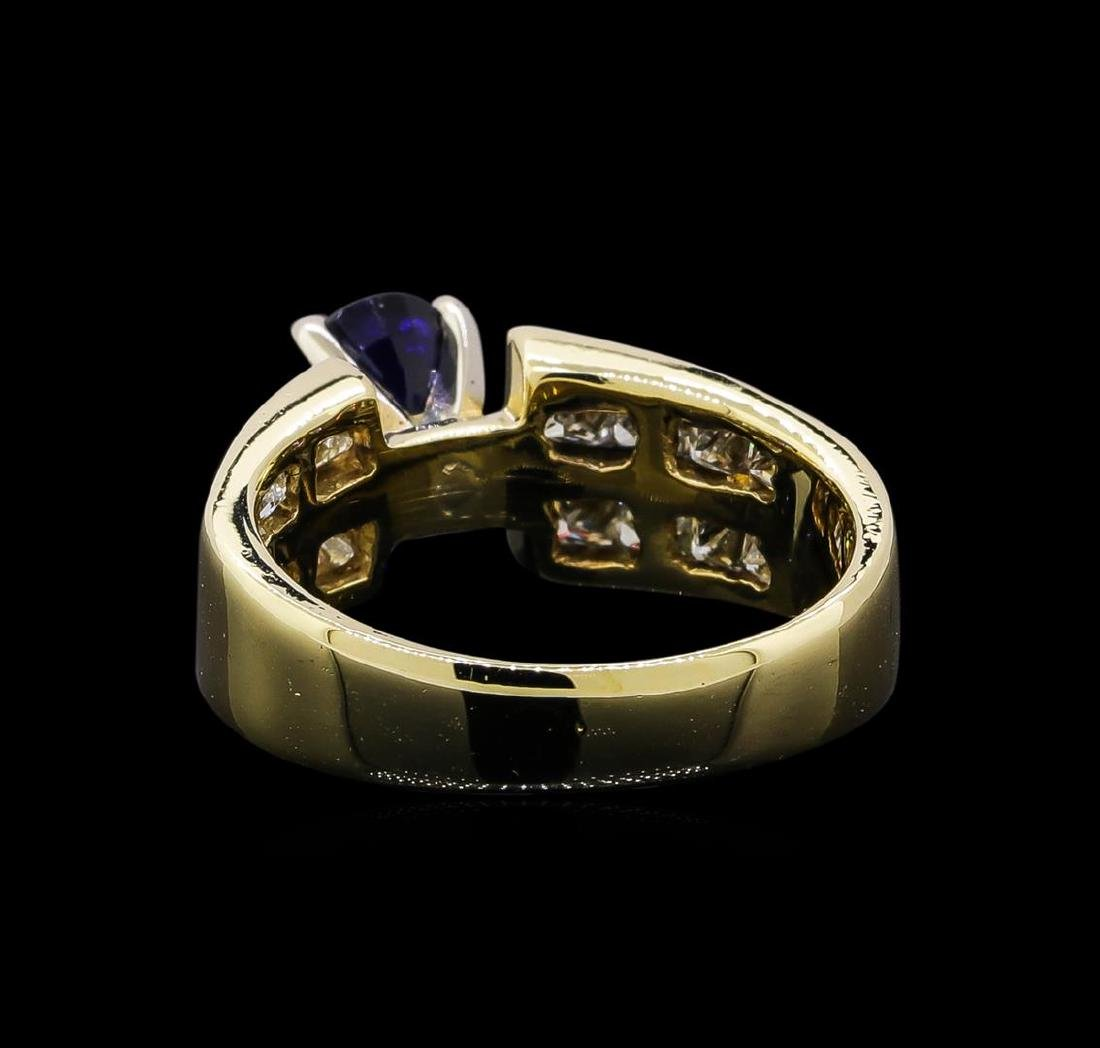 1.32 ctw Sapphire and Diamond Ring - 14KT Yellow Gold - 3