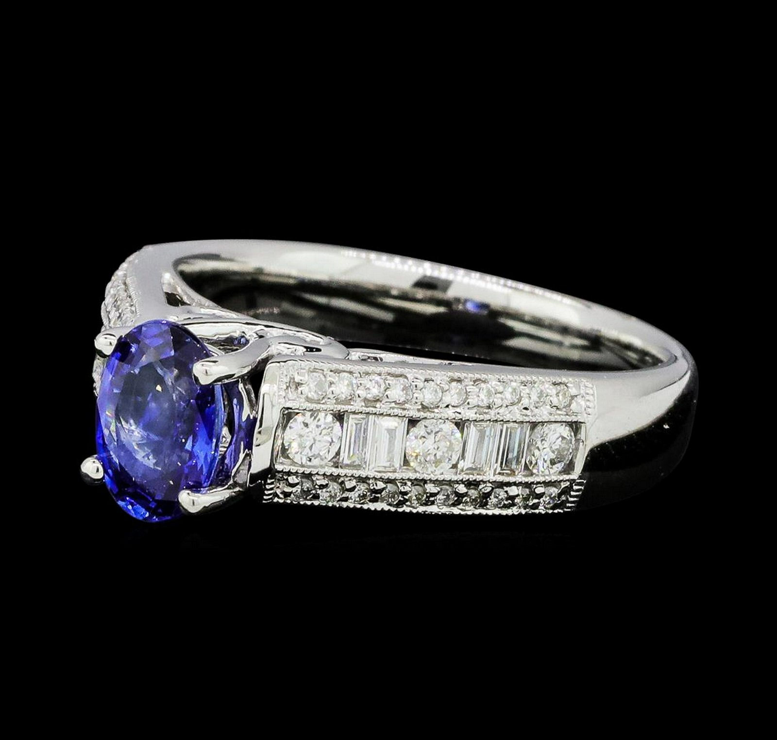 1.04 ctw Blue Sapphire And Diamond Ring - 18KT White