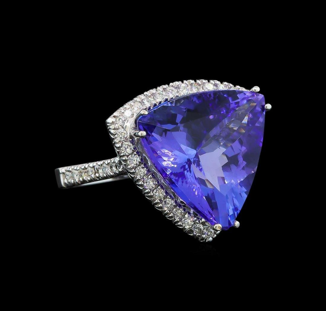 GIA Cert 16.05 ctw Tanzanite and Diamond Ring - 14KT