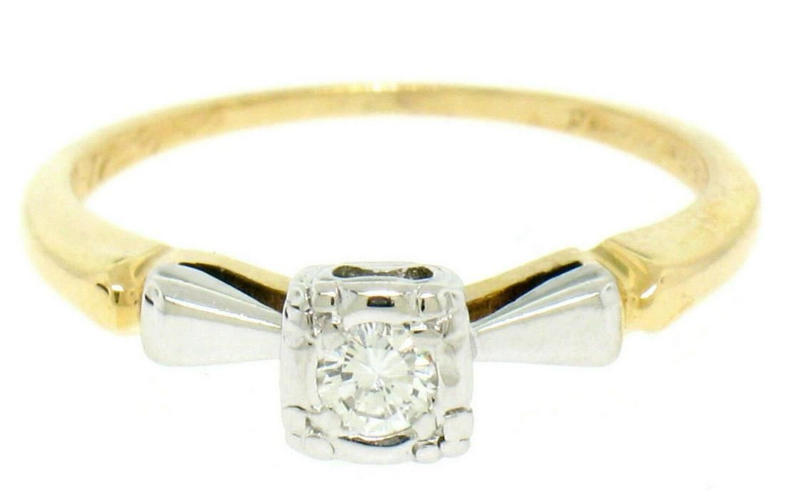 14k Yellow & White Gold 0.14 ctw VS F Diamond Solitaire